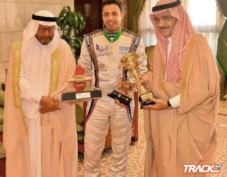 أمير الرياض يستقبل بطل العالم للراليات الصحراوية ياسر ابن سعيدان