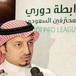 الشباب يعلن تجديد عقد أحمد عطيف