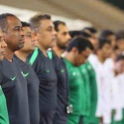 عادل عزت يكرّم الحكام المشاركين بكأس القارات