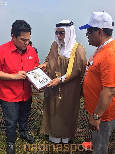 الاتحاد الآسيوي للرياضات الجوية يمنح الأمير محمد بن سلمان الميدالية التقديرية