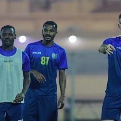 النصر يعود للتدريبات.. وغوميز يجتمع مع اللاعبين