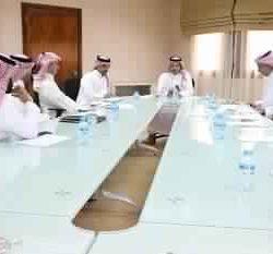 بعثة الأخصر تصل إلى الإمارات برئاسة عادل عزت