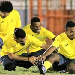 مهاوي يدعم الباطن قبل لقاء الشباب