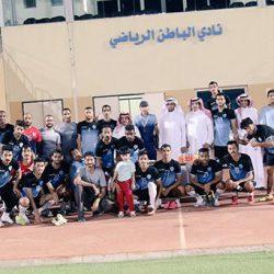 إدارة الكرة بنادي الشباب تعايد اللاعبين