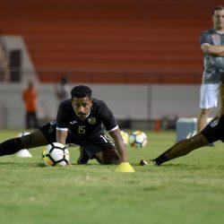 اتحاد القدم يوسع قرار منع الجلوس على مقاعد البدلاء