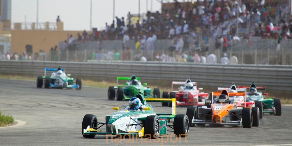 رئيس الاتحاد السعودي للسيارات والدراجات النارية يتفقد حلبة الريم