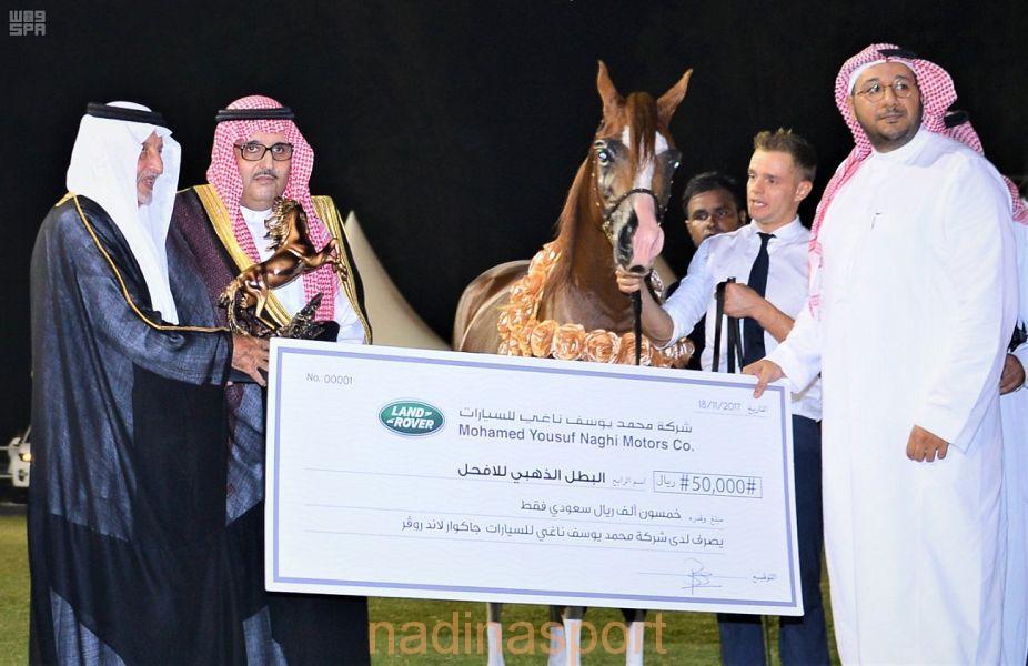 الأمير خالد الفيصل يتوج الفائزين في بطولة منطقة مكة المكرمة لجمال الجواد العربي