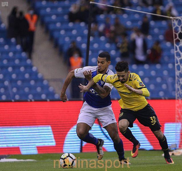 الهلال والاتحاد يتعادلان في الدوري السعودي للمحترفين لكرة القدم