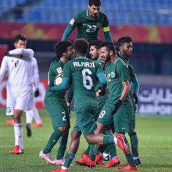 عادل عزت يثني على روح لاعبي المنتخب الأولمبي في مباراة الأردن