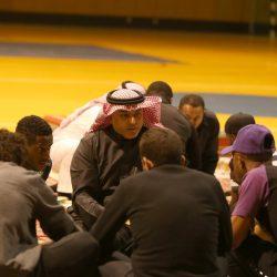 الهلال يتصدر دوري الشباب بفوزه على الأهلي