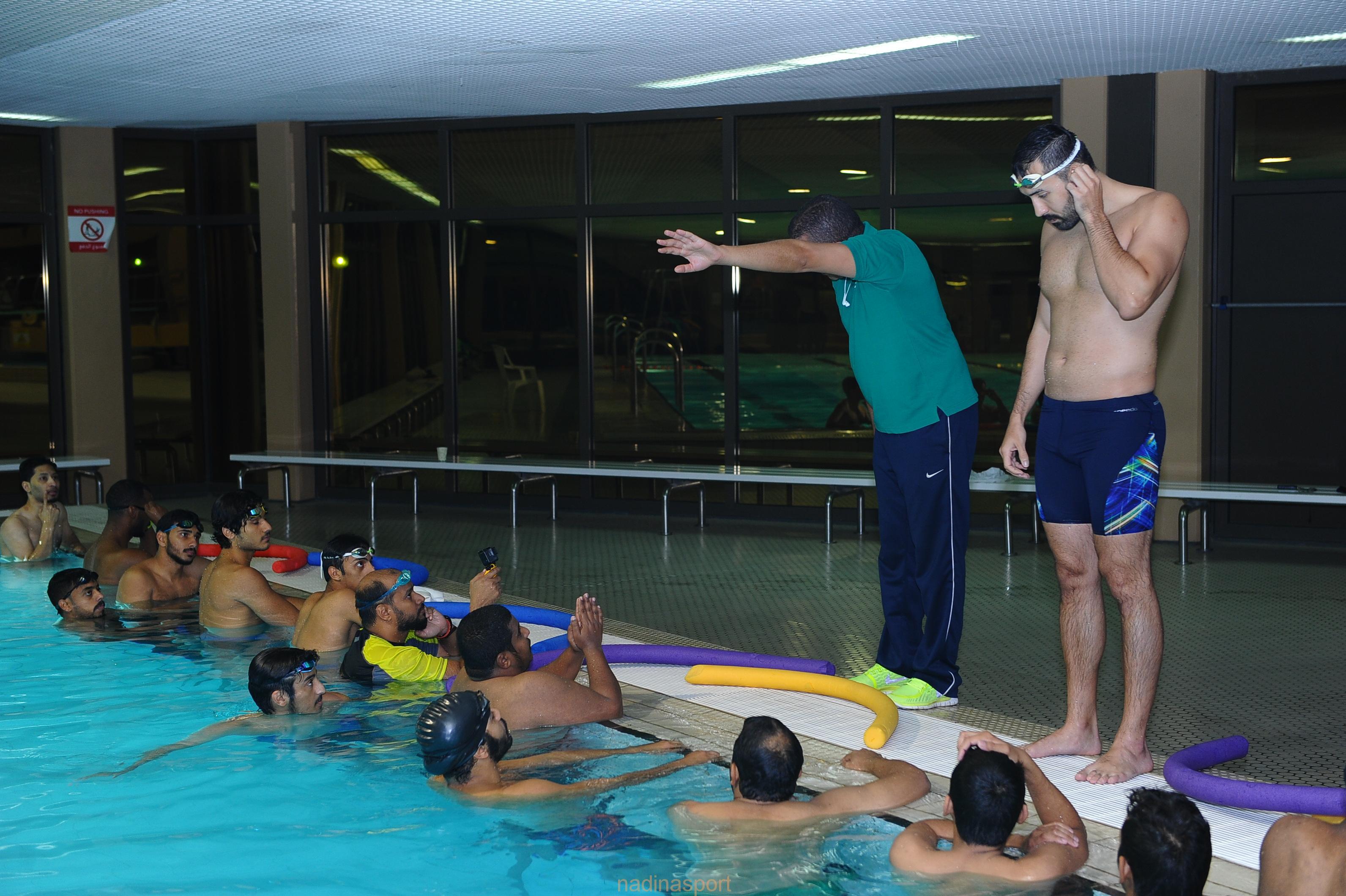اختتام دورة معلمي السباحة في جدة