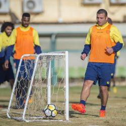 النصر يواصل استعداداته لمواجهة التعاون وكدمة بالركبة تخرج الفريدي من التدريب