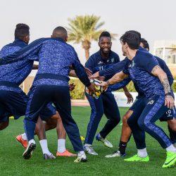 الشباب يجري مرانه استعداداً لمواجهة كأس الملك القادمة أمام الخليج
