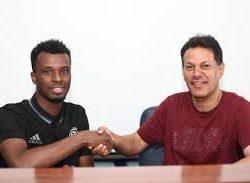 رسمياً: البرازيلي رومارينهو لاعباً لنادي الإتحاد