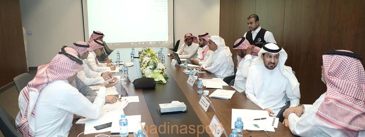 المسابقات تعقد اجتماعًا مع ممثلي الأندية المشاركة آسيويًا