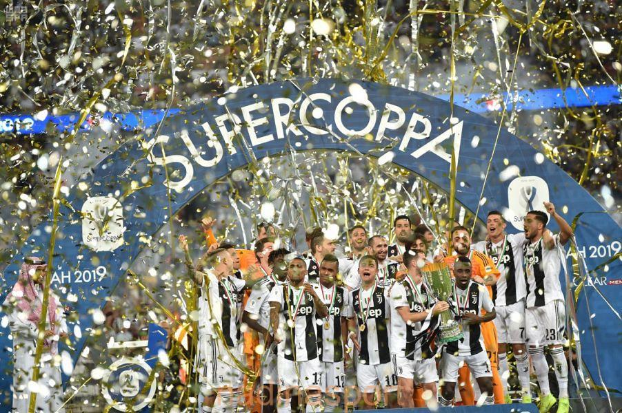 """"""" يوفنتوس """" يتوج بلقب كأس السوبر الإيطالي 2019"""