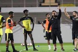 #الهلال يعاود تدريباته بمشاركة كاريلو