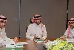 سائق الراليات الزبيدي يحافظ على صدارة بطولة الإمارات للراليات