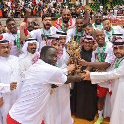بعثة الاتحاد تصل أبوظبي استعدادا لمواجهة الوحدة الإماراتي