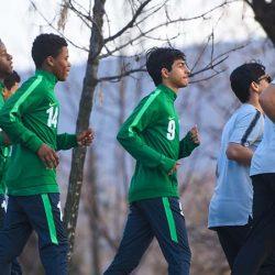 الأخضر يغادر إلى أبوظبي الأربعاء لمواجهة شقيقه الإماراتي وديًا