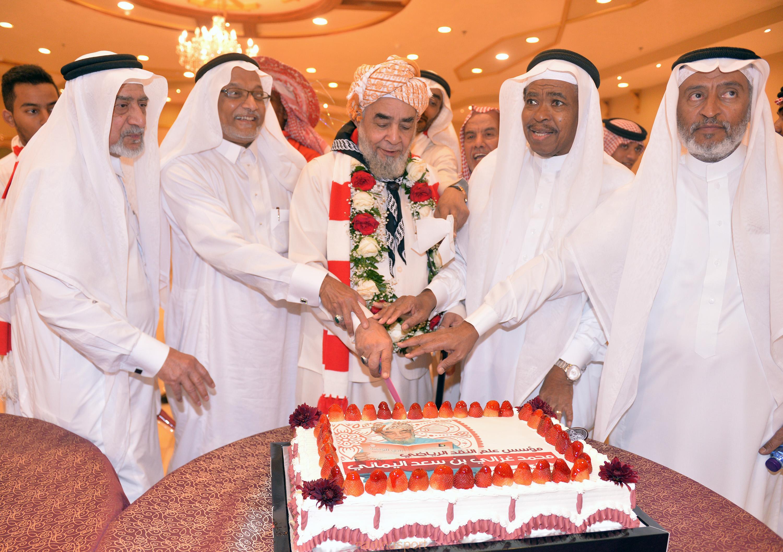 جماهير الوحدة تقيم ندوة ثقافية رياضية للمؤرخ محمد غزالي يماني