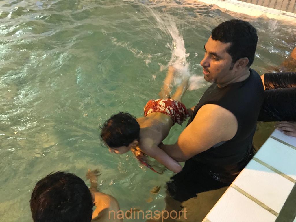 ختام ورشة أسياسيات السباحة بنادي حي متوسطة الطرف