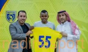 رسميًا.. ساندرو يوقع عقده الجديد مع التعاون
