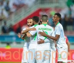 بثنائية في شباك البحرين.. الأخضر يحقق أول ثلاث نقاط