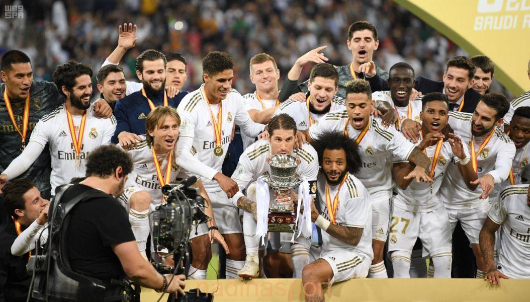 ريال مدريد يتوج بكأس السوبر الإسباني لكرة القدم