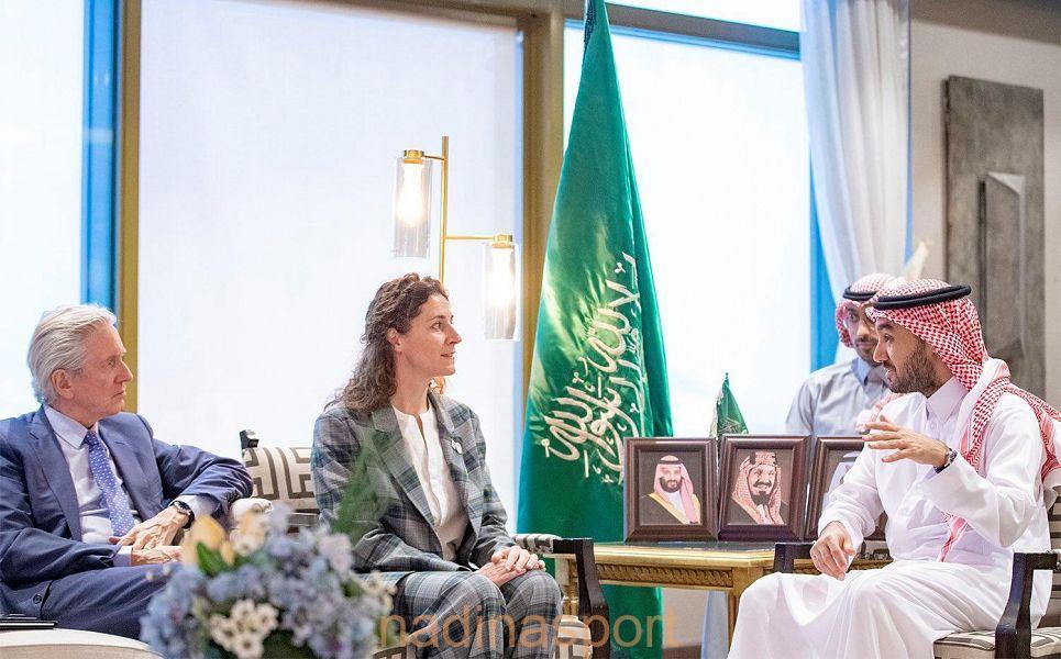 الأمير عبدالعزيز بن تركي الفيصل يلتقي بسفيرة الرياضة بوزارة الخارجية الفرنسية.. وسفير دولة فرنسا لدى المملكة