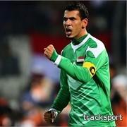 يونس محمود يتألق في الملاعب السعودية مع الأهلي