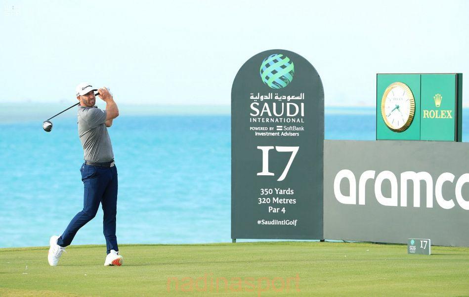 بطولة السعودية الدولية للجولف : ماكداول يستعيد صدارة الترتيب بفارق ضربة واحدة